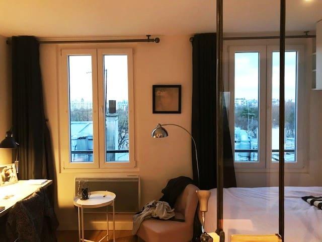 Paris XIVe : studio avec vue magnifique