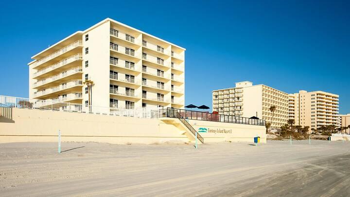 One Bedroom Condo, Daytona Beach, FL (Z51)
