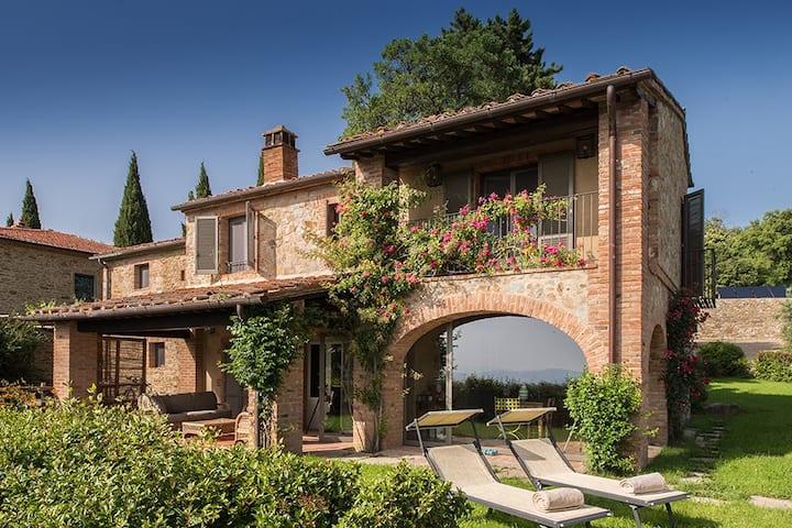 Eco wine resort 5 minutes from Arezzo city center