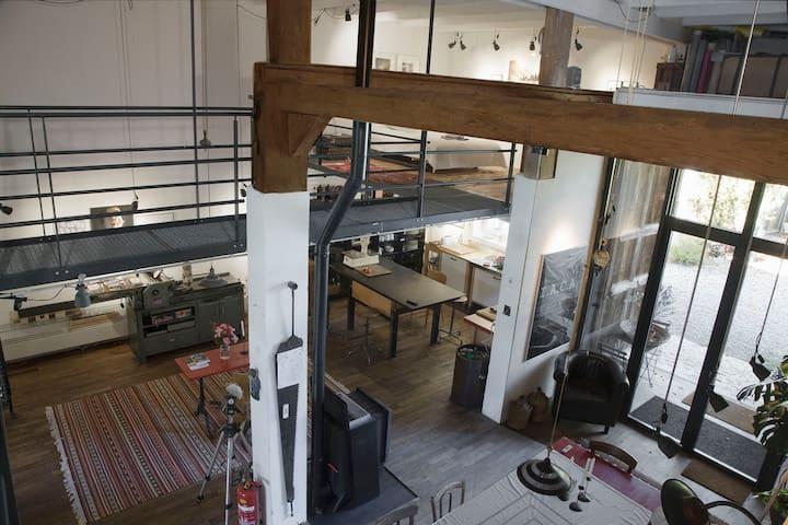 splendid Artist's Loft in an old  workshop