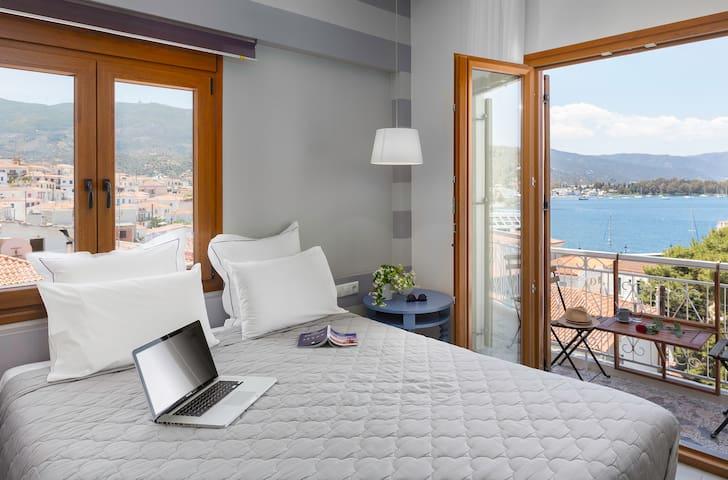 Superior Room with Sea View - Poros - Apartment
