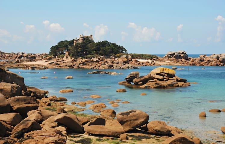 Appart lumineux plage de Tourony, pieds dans l'eau