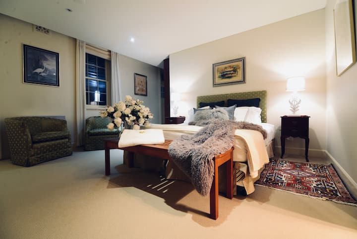 Orchard Suite | Pet friendly $40p/day per pet