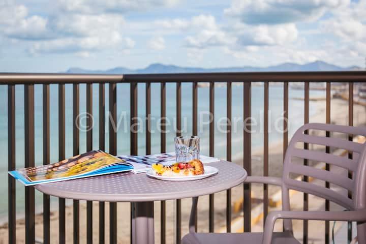 Beachfront Apartment with views B2