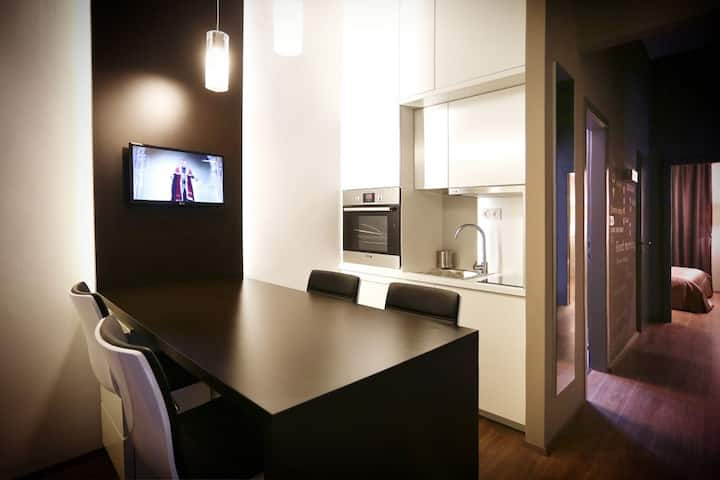 Central Design Apartment
