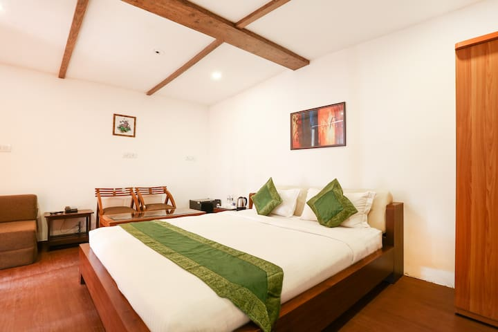 Spacious stay near Ashwen Beach Goa