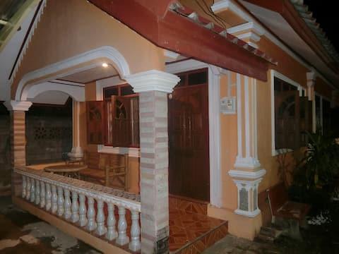Khamphouy gæstehus