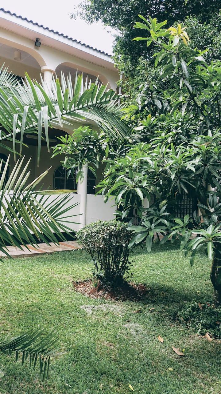 Serene Karen home in Nairobi, Kenya for home stay