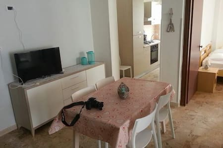 appartamento estivo vista mare - キオッジャ - アパート