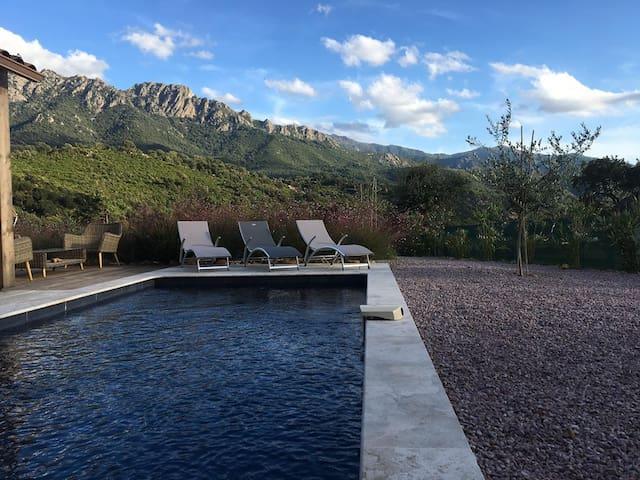 Villa avec piscine proche des plages