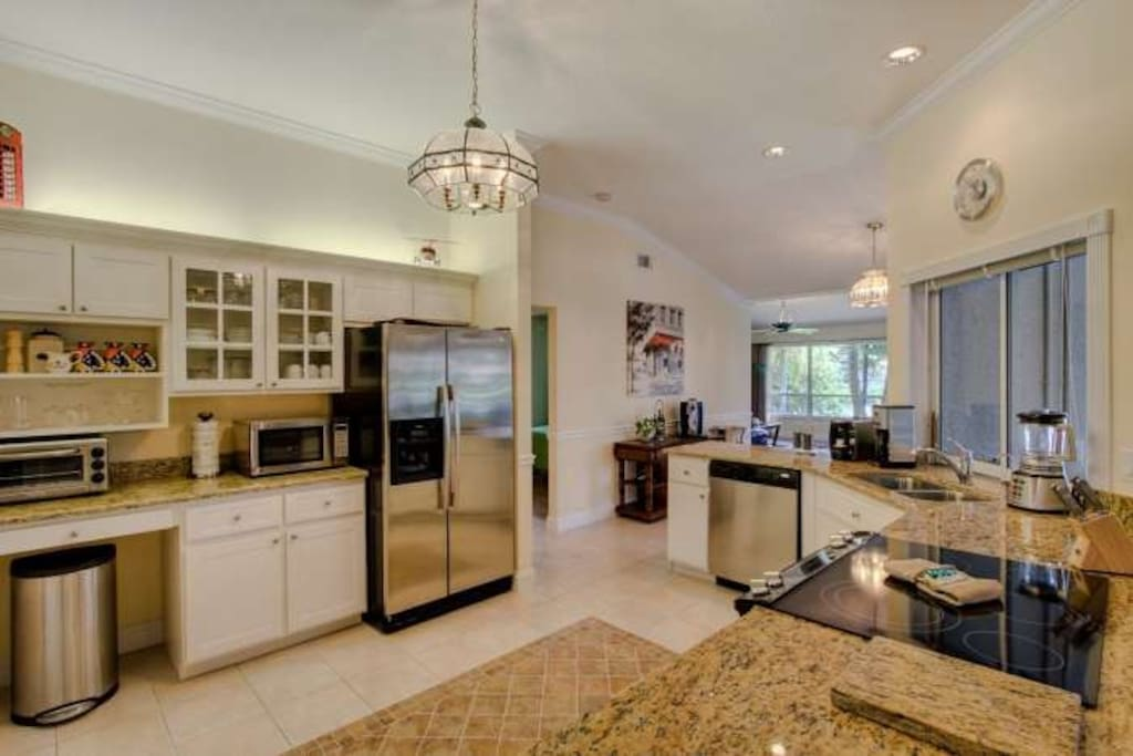 Santa monica houses for rent in cape coral florida for M kitchen santa monica