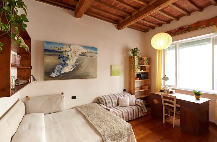 "ROOMS FOR RENT ""A CASA MIA"" - Grosseto - Daire"