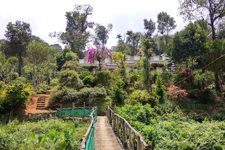 Flower Valley Homestay, Munnar - Ház