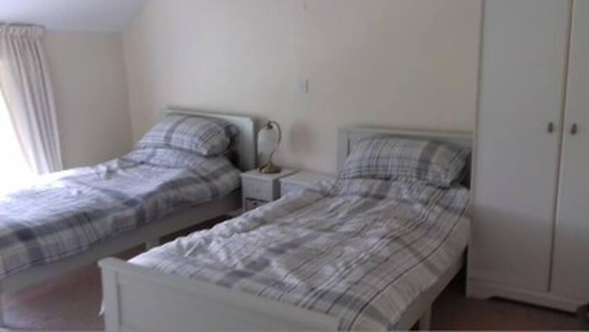 Third bedroom - twin