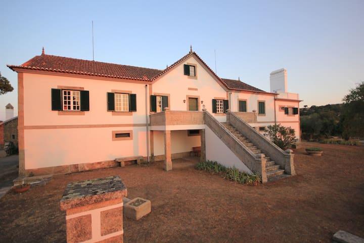 Quinta da Alvarinheira - Hostel