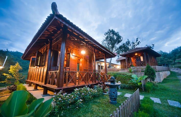 D-04 Kampung House @ Bilut Hills