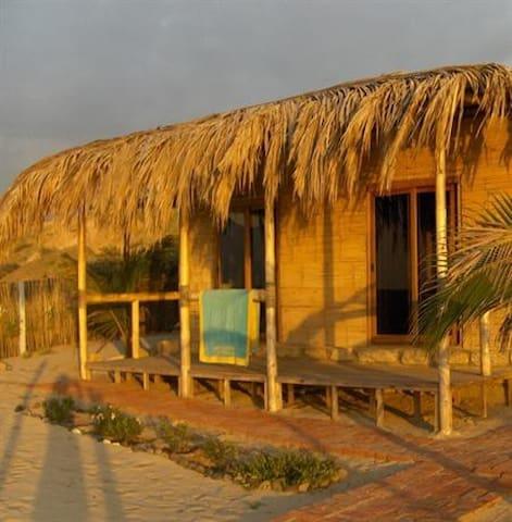 Waltako Beach Culture Bungalow Paz for 4