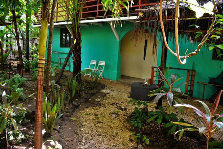 Cangrejo 2 - just steps to the beach - Playa Guiones - Departamento