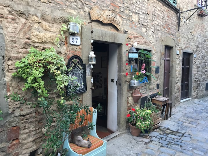 Local coffee bar in Montefioralle