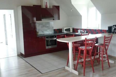Maison à louer à Landerneau - Brest - Hus