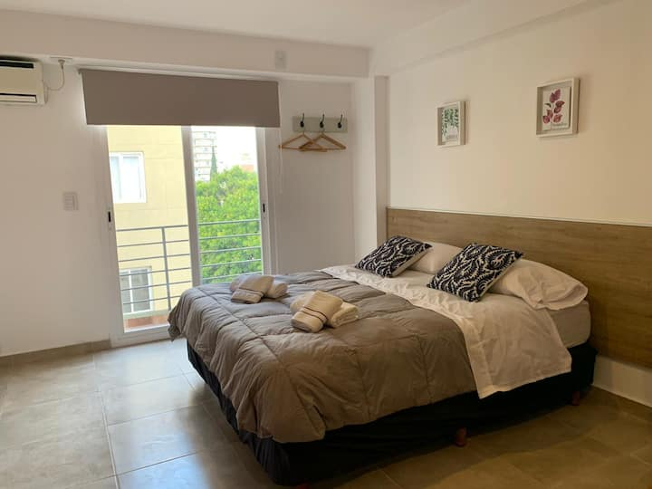 SUNNY Studio 11min away from EL PALOMAR airport