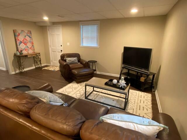 Private 1 bedroom apartment in Quiet Neighborhood