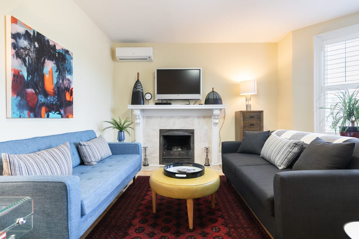Prestigious Rosedale Area Two Bed, Two Bath Apt, with Deck