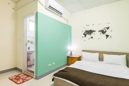 新裝潢~綠洲套房~獨立衛浴 尋找綠洲...只為了分享~ - Nanzi District