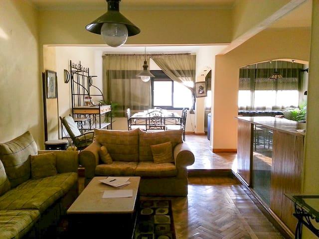 Family Apartment in the Center of Heliopolis - El-Nozha - Apartemen