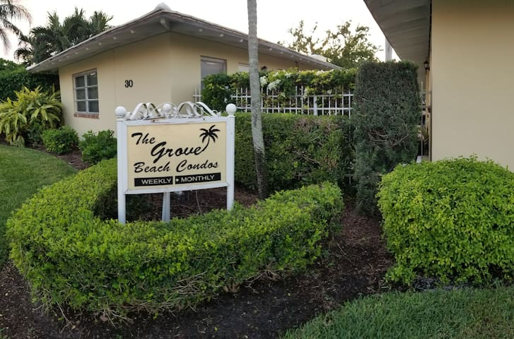 Landex@The Grove 2 Bedroom Apt #25
