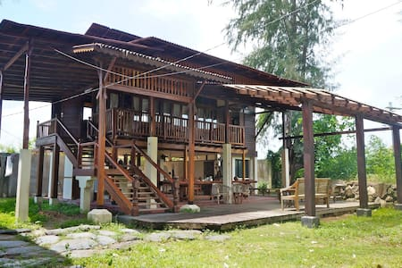 Village 19 Riverside House Close To Beach - Langkawi - Dom