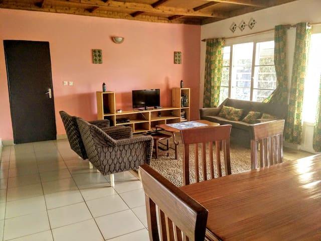 Cool Private Room in Kimihurura - Κιγκάλι - Σπίτι