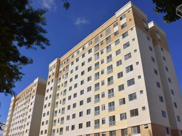 Super novo com 2 quartos - Curitiba - Apartament