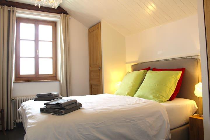 Bedroom 5 (140x200, 2nd floor)