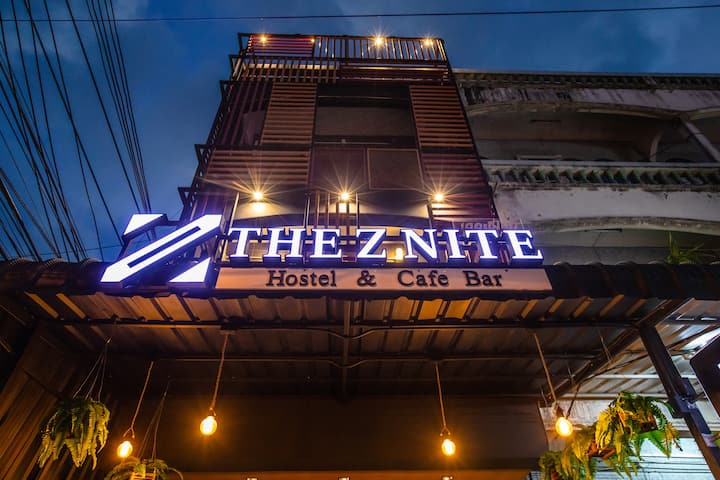 The Z Nite Cafe Bar-Female Dorm 2rooms Phuket Town