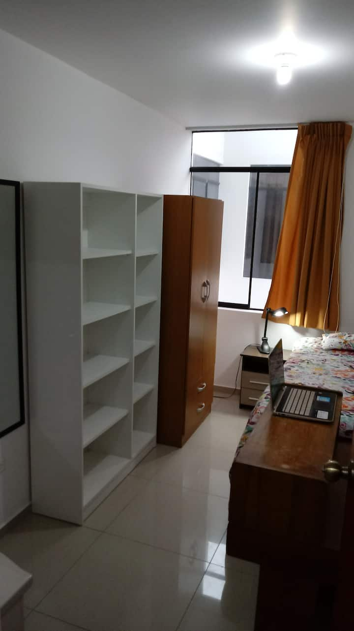 Private small room #4 in Surco Close to Miraflores