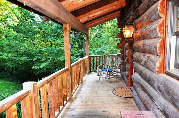 Real Log Home - Engleman Spruce - the Refuge at Tall Pines - Blue Eye - Maison