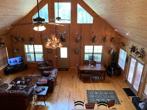 Blackshear Cabin on Pond