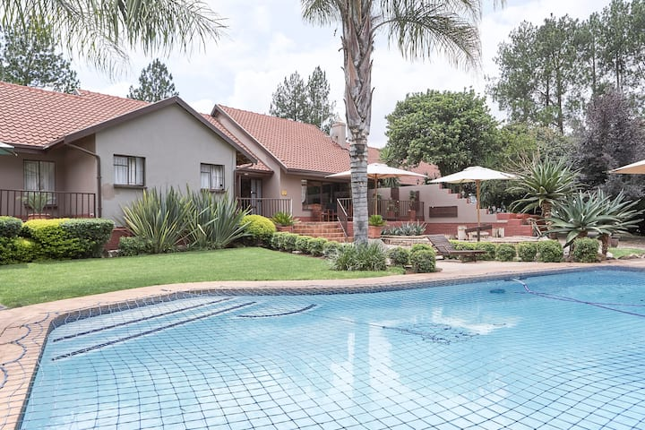 The Orchards Executive Accommodation (MH1)