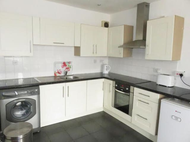 5 bed duplex on Penny Lane - Liverpool - Wohnung
