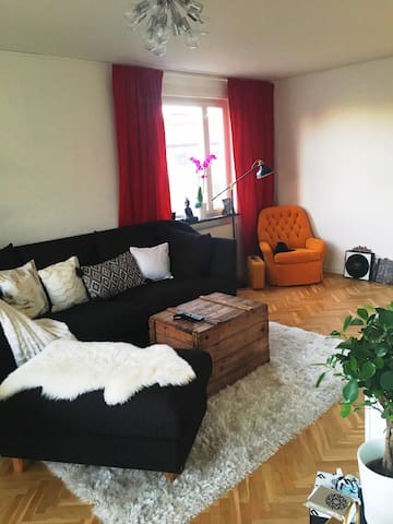 Lovely apartment for four close to the City! - Stockholm - Apartment