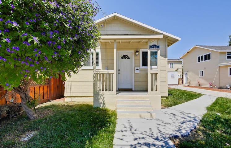 Modern Bungalow - Redwood City - Apartament