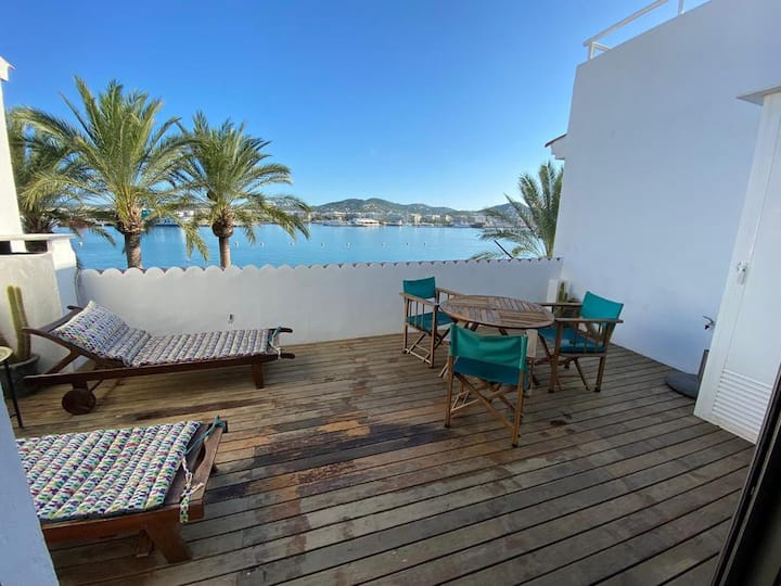 Fantastic Attic with Sea View in the Port of Ibiza