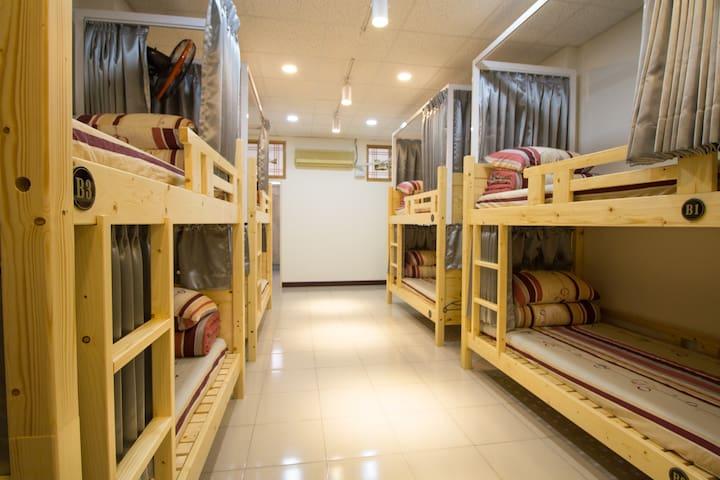 little house hostel female room