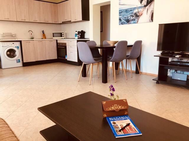 3 bedroom seaview apartment /Ground floor/