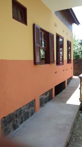 Casa Amarela no Matadeiro - Salomé