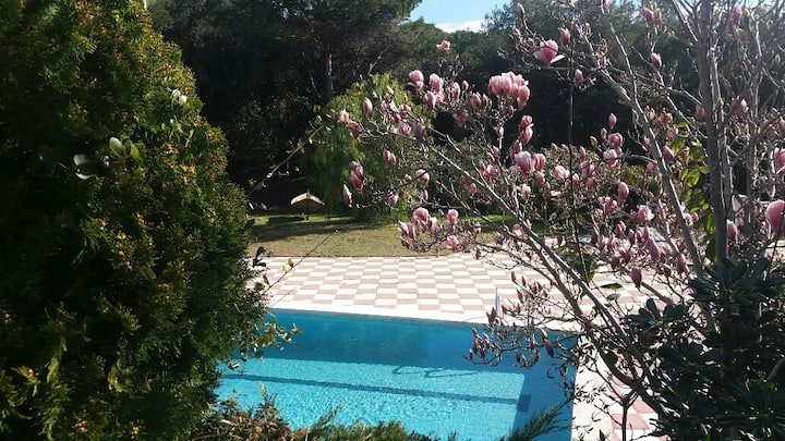 Casa con gran jardín en Santa Eulalia de Ronçana