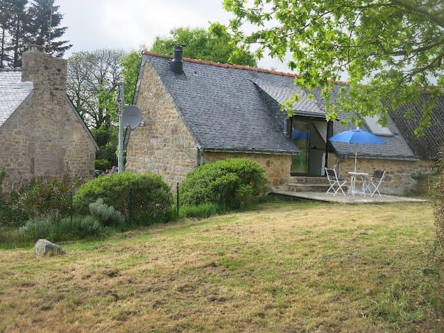 Le Nezerh, no.2 - 'Petite maison'