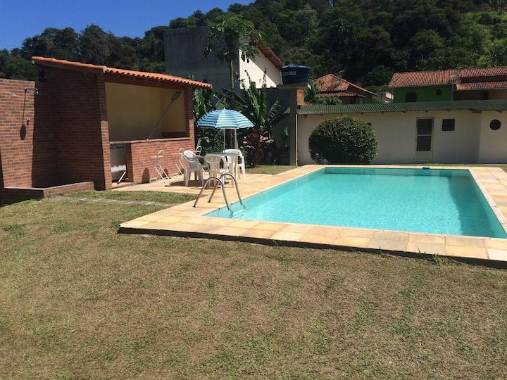 Casa na serra em Miguel Pereira,RJ