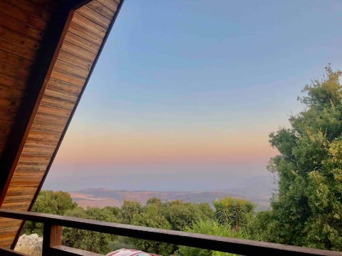Sea of Galilee view mountain cabin in Amirim